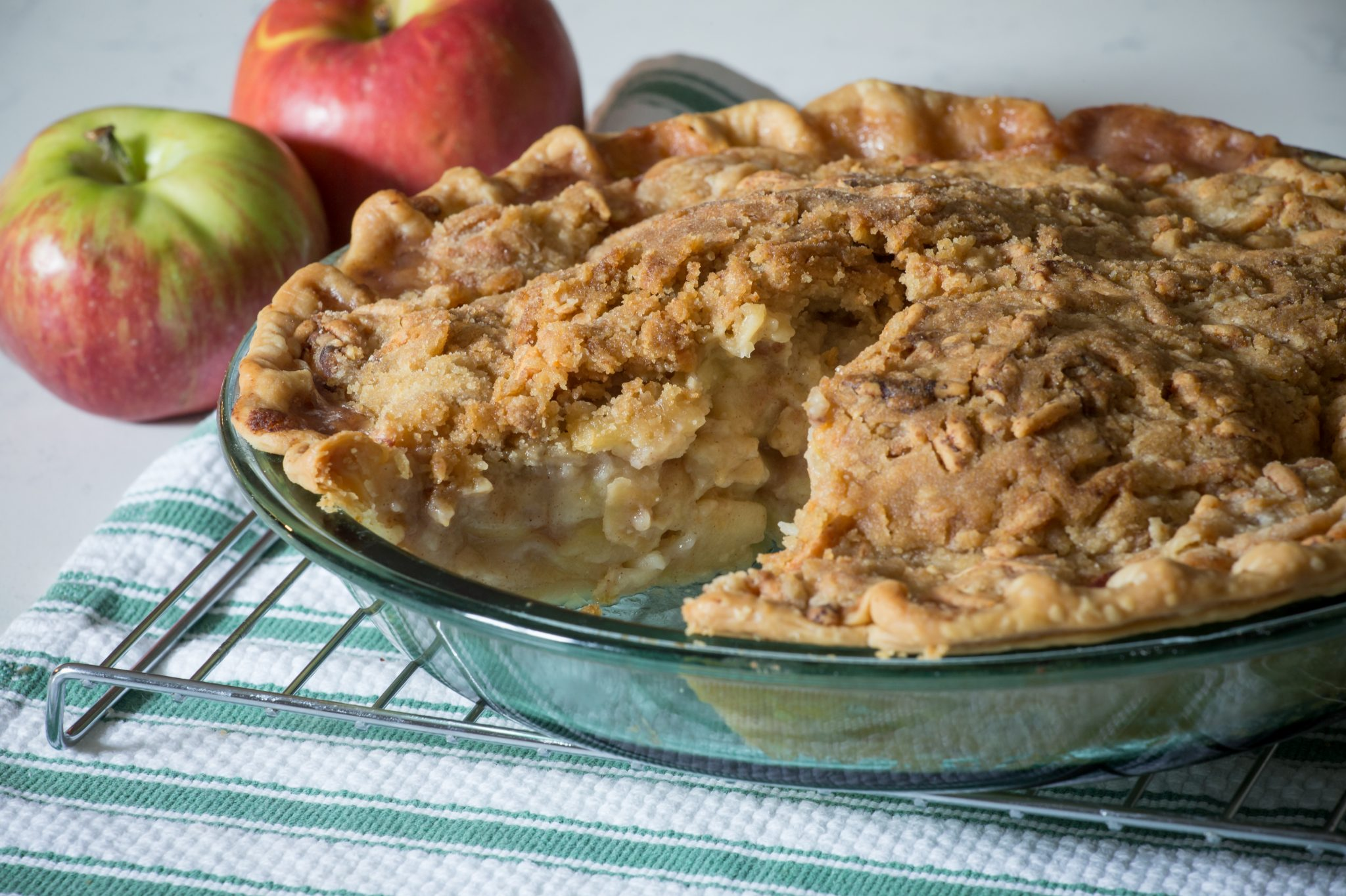 Savory Apple Pie with Cheddar